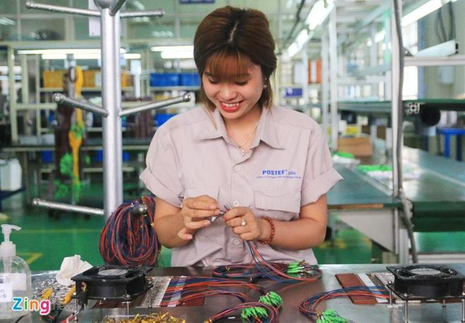WB: Chi phí nhân công Việt Nam đắt hàng đầu Đông Nam Á