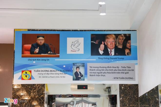 Chu tiem cat toc Trump - Kim o Ha Noi: 'Toi muon noi tieng' hinh anh 5