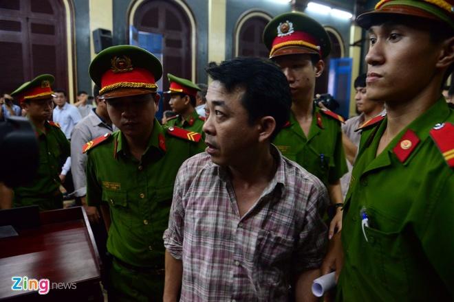 Nguyen Tong giam doc VN Pharma bat khoc xin duoc tai ngoai hinh anh 16