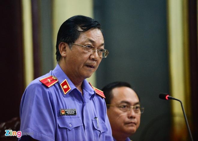 Nguyen Tong giam doc VN Pharma bat khoc xin duoc tai ngoai hinh anh 13