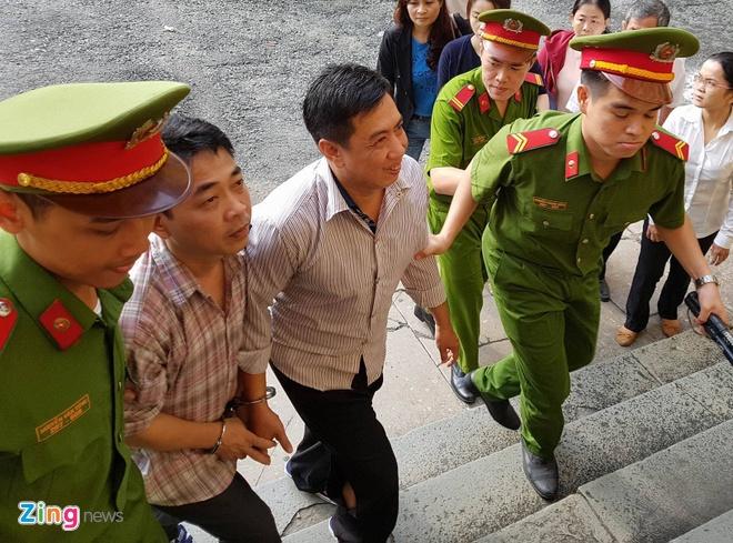 Phuc tham VN Pharma: Dai dien Bo Y te nhieu lan ap ung khi chu toa hoi hinh anh 2