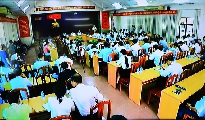 Chu tich UBND TP.HCM: Toi chan thanh xin loi nguoi dan Thu Thiem hinh anh 8
