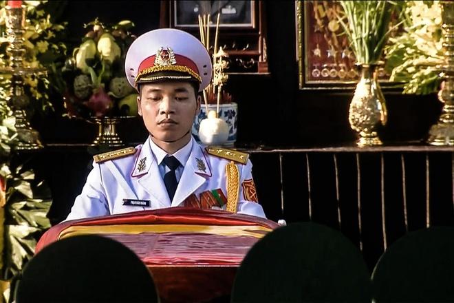 Dai tuong Le Duc Anh da vao long dat me hinh anh 38