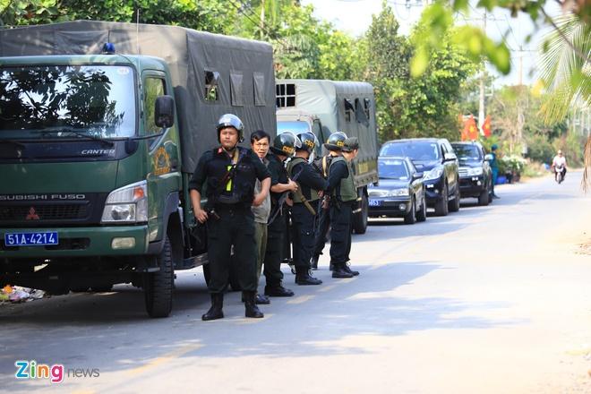 Mo rong truy lung nghi can ban chet 5 nguoi sang Tay Ninh hinh anh 2 CC31021_zing.jpg