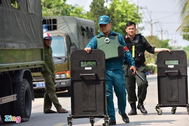 Mo rong truy lung nghi can ban chet 5 nguoi sang Tay Ninh hinh anh 9 CC3106_zing.jpg