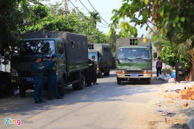 Mo rong truy lung nghi can ban chet 5 nguoi sang Tay Ninh hinh anh 10 CC3107_zing.jpg