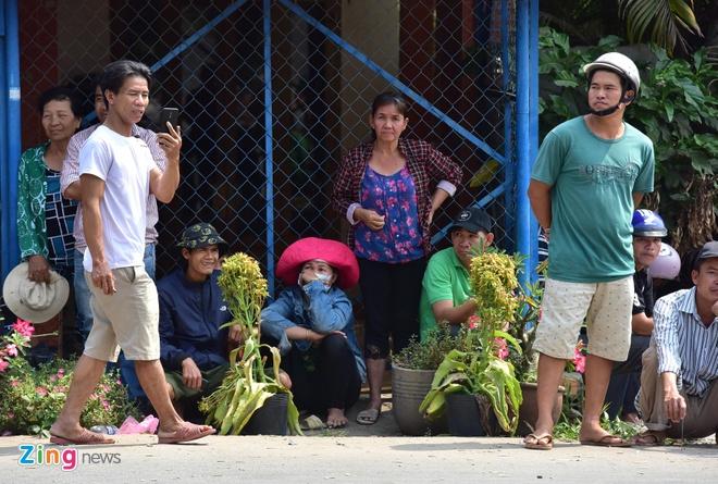 Mo rong truy lung nghi can ban chet 5 nguoi sang Tay Ninh hinh anh 6 CC3108_zing.jpg
