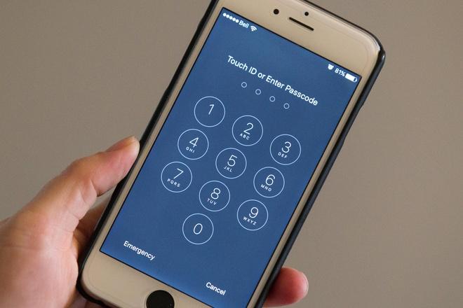 FBI lai cau cuu Apple mo khoa iPhone cua phi cong Saudi Arabia hinh anh 1 ad_203529982.jpg
