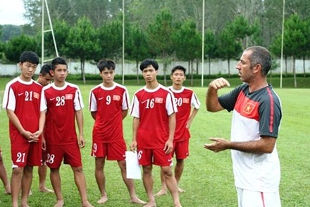 U19 Viet Nam loai 5, bo sung 2 cau thu hinh anh