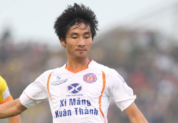 Cau thu Dong Nai tung dinh nghi an ban do o tuyen U19 VN hinh anh 2 Thế Sơn sau đó bị mất vị trí ở đội trẻ của Hà Nội T&T, phải phiêu bạt vào Xuân Thành Sài Gòn trước khi đầu quân cho Đồng Nai.