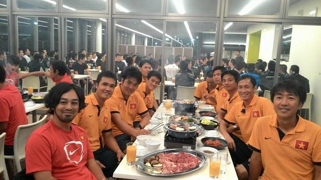 Giống như HLV Calisto, HLV Miura cũng rất muốn xây dựng bầu không khí gia đình ở đội tuyển Việt Nam.