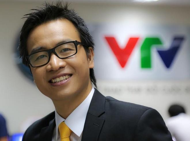 BLV Ta Bien Cuong: 'VN se gianh diem tren dat Malaysia' hinh anh