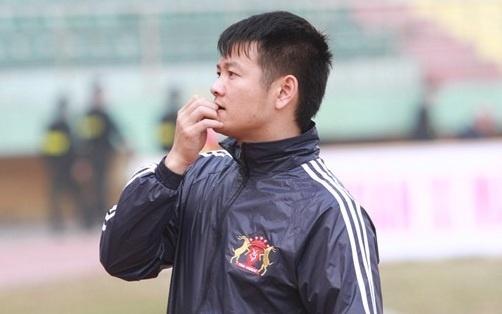 Bo V.League, Van Quyen tham gia doi bong cua ca si Tuan Hung hinh anh