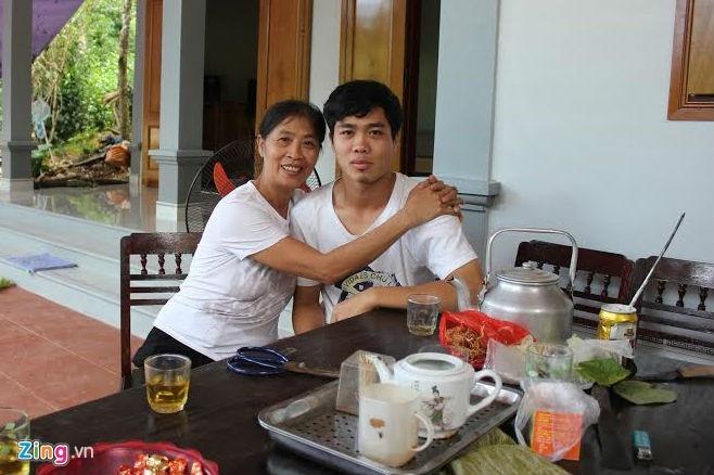 Me Cong Phuong chi mong con an khoe hinh anh 1