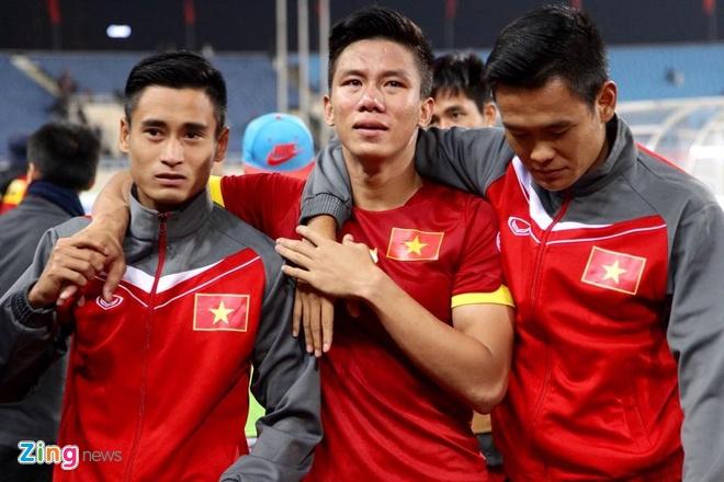 Ngọc Hải cũng khóc rất nhiều sau thất bại của ĐTVN ở AFF Cup 2014. Ảnh: Tùng Lê