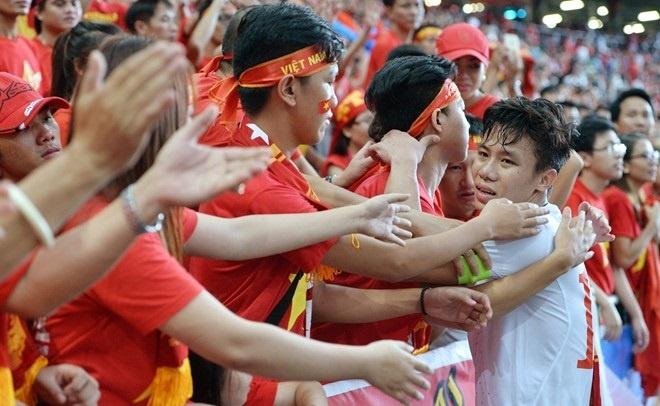 'Neu yeu, U23 Viet Nam hay the hien bang hanh dong' hinh anh