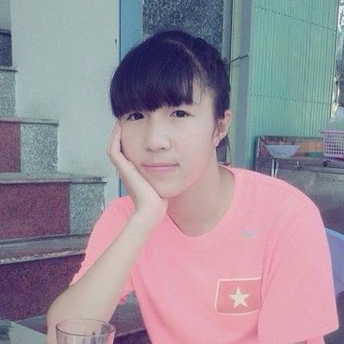 Tuyen thu U19 nu VN chong choi can benh hiem ngheo hinh anh 1 Lê Thị Thu khi khoác áo U19 Việt Nam năm 2014.