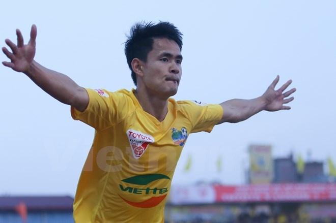 Đình Tùng đang thi đấu thăng hoa trong màu áo CLB Thanh Hóa. Ảnh: Vietnamplus