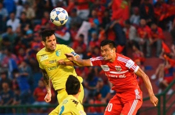 DKVD V.League gap kho truoc khac tinh Ha Noi T&T hinh anh