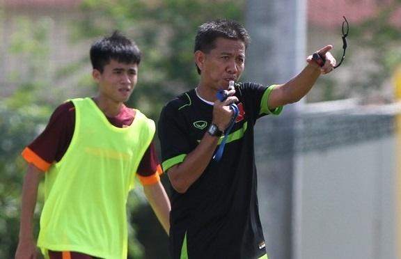 Huan luyen vien cua U19 Viet Nam dan tro thanh Miura 2.0 hinh anh