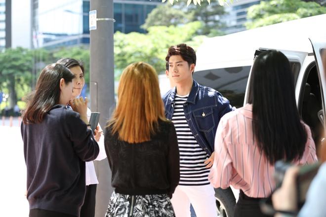 Nha Phuong, Kang Tae Oh hao hung quay 'Tuoi thanh xuan 2' hinh anh 1