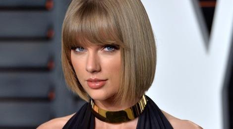 Taylor Swift yeu nhu mot co gai lai xe 'dien cuong' hinh anh