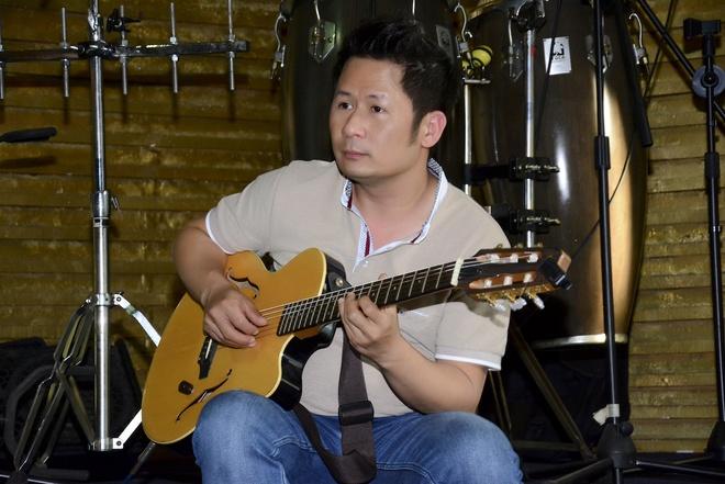 Thanh Ha phan khich khi duoc Bang Kieu dem dan guitar hinh anh 2