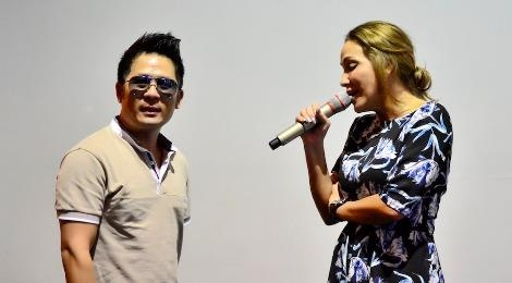 Thanh Ha phan khich khi duoc Bang Kieu dem dan guitar hinh anh