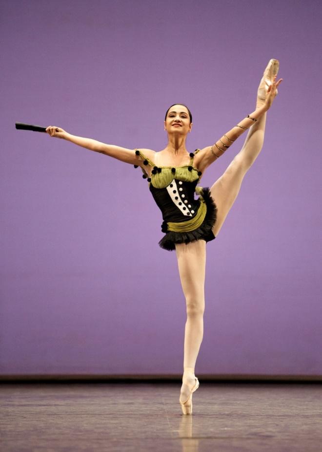 Vu cong ballet lung danh the gioi ve Viet Nam tim nguon coi hinh anh 1