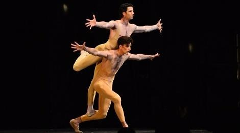 Paris Ballet va nhung got chan thien than gay am anh hinh anh