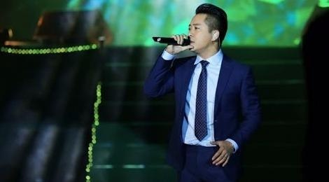 Tuan Hung lam live show Dam me lan hai cung hoc tro hinh anh