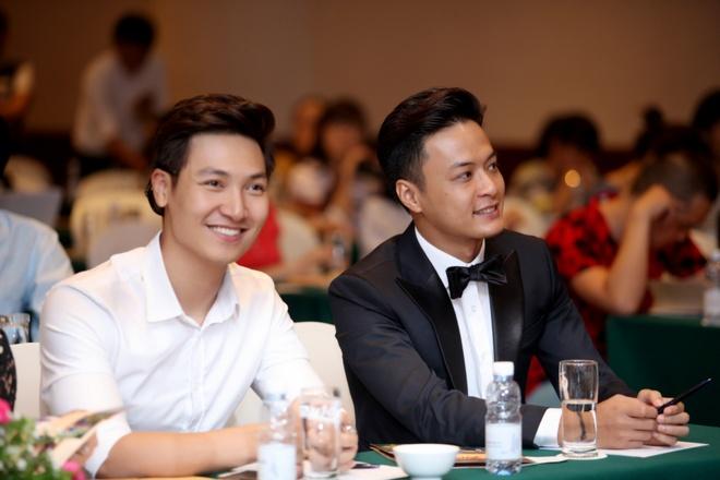 La Thanh Huyen, Hong Dang dong cap trong phim moi hinh anh 5