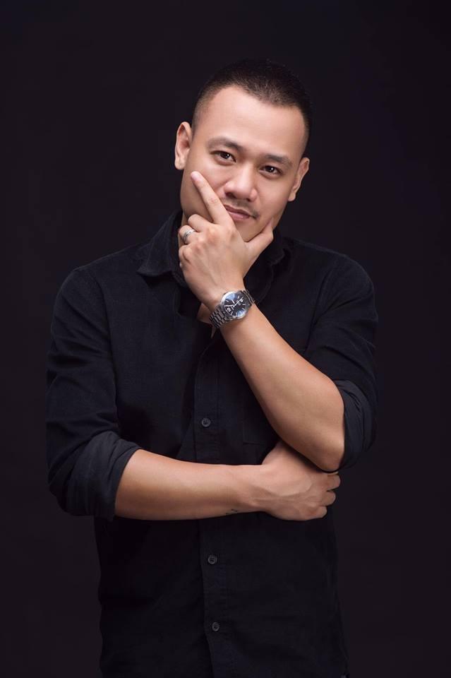 Nguyen Duc Cuong cho nguoi con gai hieu cong viec nghe si hinh anh 1