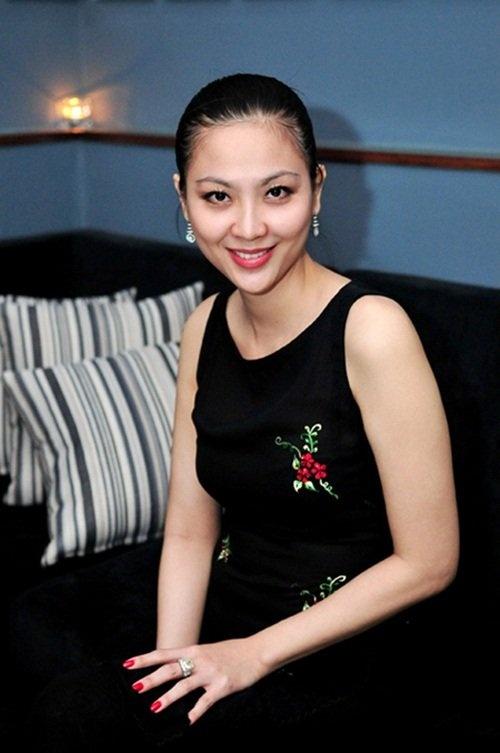 Chuyen doi buon cua Hoa hau Viet Nam 2000 hinh anh 2