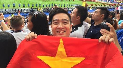Slim V mang co Viet Nam den Chung ket Euro 2016 hinh anh