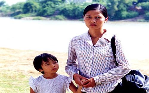 Thuy Ha ke chuyen quay canh nong trong 'Ben khong chong' hinh anh 1