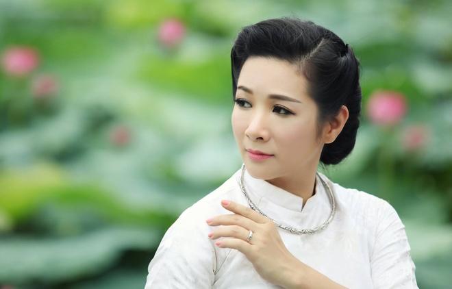 Thanh Thanh Hien tro lai san khau trong dem nhac ve Bac Ho hinh anh
