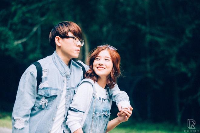 Hoang Yen Chibi cung ban trai di doc bo bien dat nuoc hinh anh 1