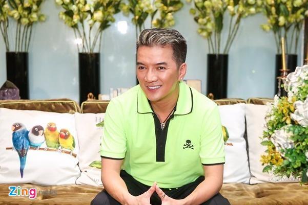 Kinh phi dau tu live show Dam Vinh Hung can moc 12 ty hinh anh
