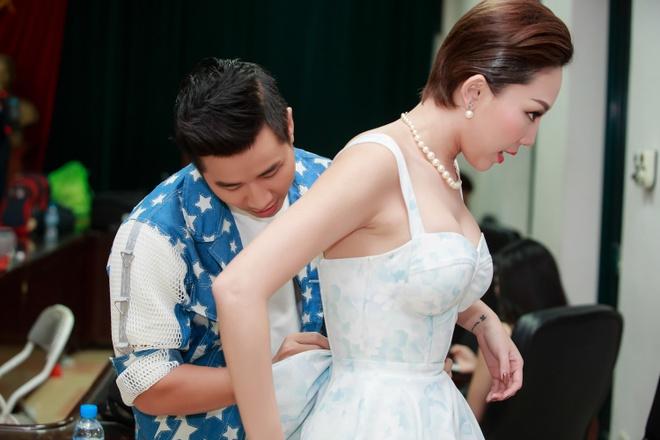 Nguyen Khang tho phao khi duoc Lai Van Sam khen hinh anh 2