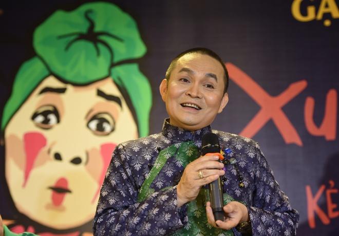 Xuan Hinh: 'Chia het tai san cho con, gio toi tay trang' hinh anh 1