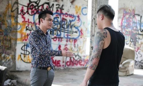 Vu Duy Khanh dong giang ho 'cuop' hon the cua Khac Viet hinh anh