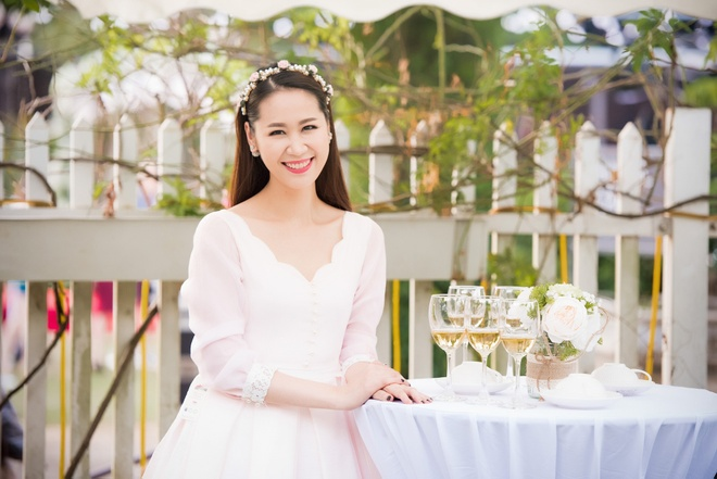 Hoa hau Ngoc Han hoi ngo dan nguoi dep HHVN 2016 hinh anh 4