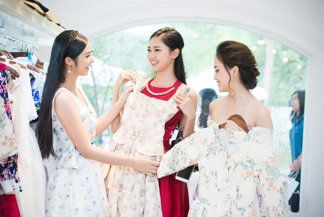 Hoa hau Ngoc Han hoi ngo dan nguoi dep HHVN 2016 hinh anh 2