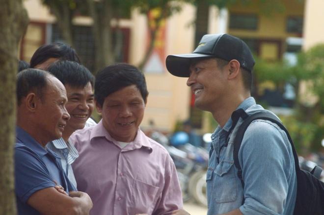 Phan Anh: 'Den tan noi moi hieu ro vat va cua nguoi vung lu' hinh anh