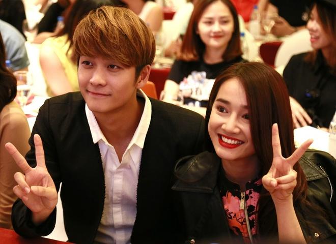 Nha Phuong hon Kang Tae Oh anh 1