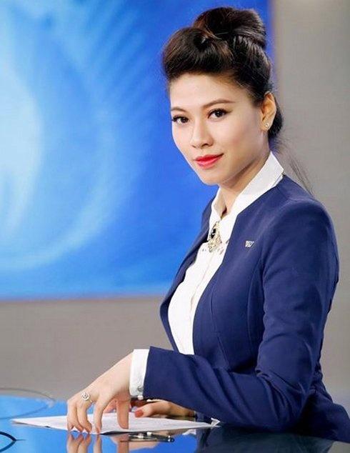 BTV Van Anh: 'Chuyen toi nghi viec khong co gi to tat' hinh anh 2
