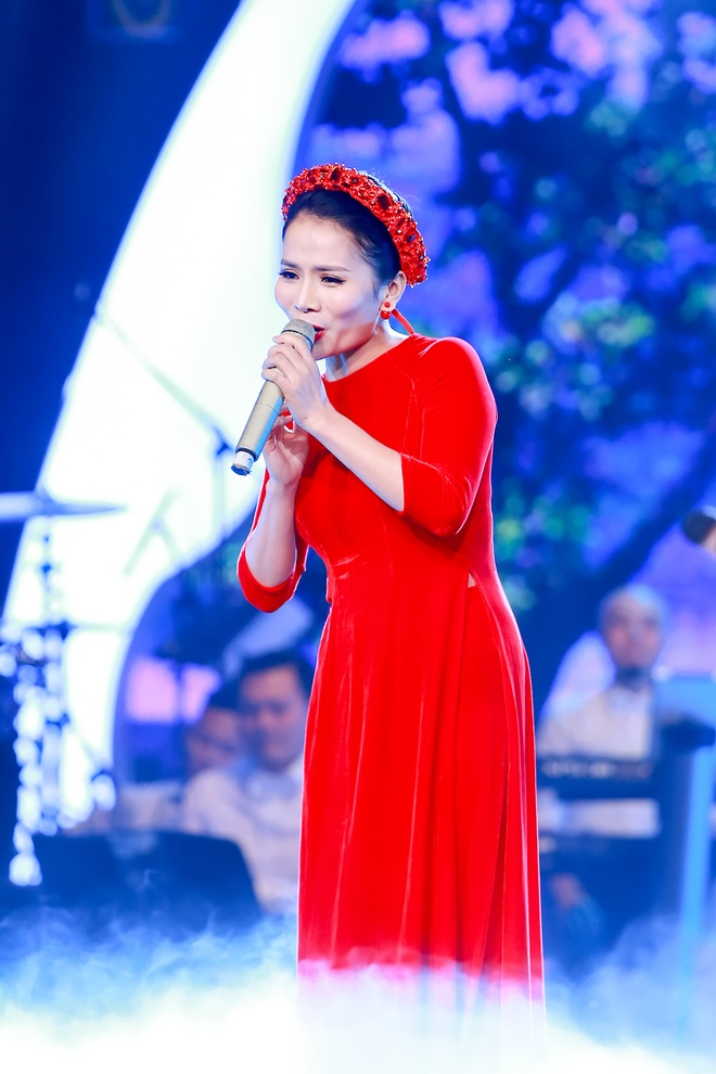 Hoai Anh co vu Thanh Le hat ca Hue anh 5