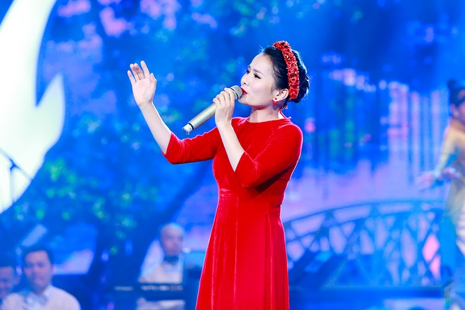 Hoai Anh co vu Thanh Le hat ca Hue anh 6