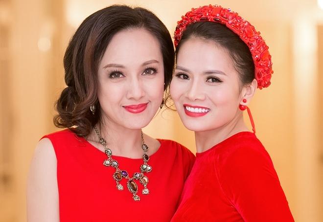 BTV Hoai Anh co vu 'Sao mai' Thanh Le hat ve Hue hinh anh